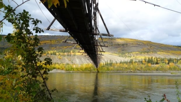 The Yukon government says it will save the 70-year-old suspension bridge across the Pelly River at Ross River, Yukon.