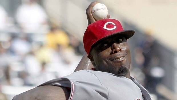 Dontrelle Willis will make $850,000 US in 2012 with the Phillies after going 1-6 with a 5.00 earned-run average for the Reds last season.
