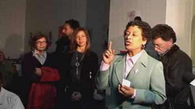 Marlene Jennings speaks to supporters after her defeat in Monday's election.