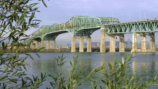 The Champlain Bridge is Canada's busiest bridge.