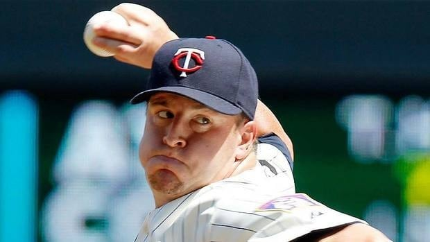 Twins closer Matt Capps will make $4.5 million US in 2012, and the team must pay him a $250,000 buyout if they decline to exercise the $6-million option for 2013.