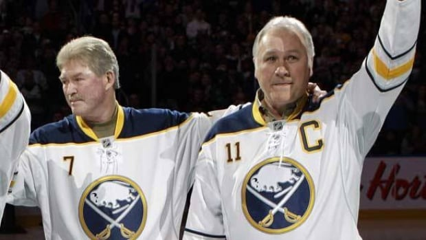Former Sabres Great Rick Martin Dies Hockey Cbc