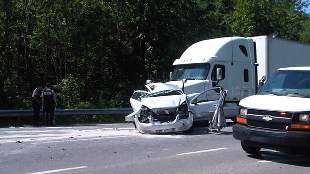 Two people are in critical condition after a truck hit several cars watiting at a stoplight on Highway 20 in Île Perrot, Que.