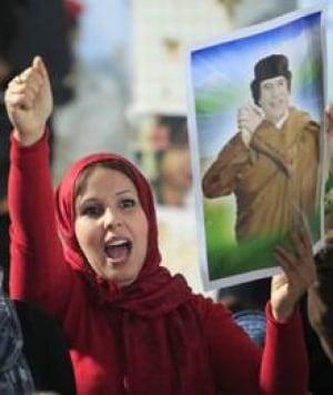 si-libya-gadhafi-supporter2
