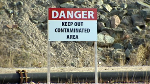 Crews began removing asbestos and arsenic trioxide found in the roaster complex at Yellowknife's Giant Mine last summer. A social justice organization is questioning who will be monitoring the clean-up at Yellowknife's Giant Mine this spring.