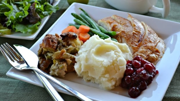 Thanksgiving doesn't have to be stressful, say two Best of Bridge cooks.