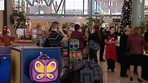 The Edmonton International Airport opened its Central Hall this week giving passengers more choice to shop and dine.