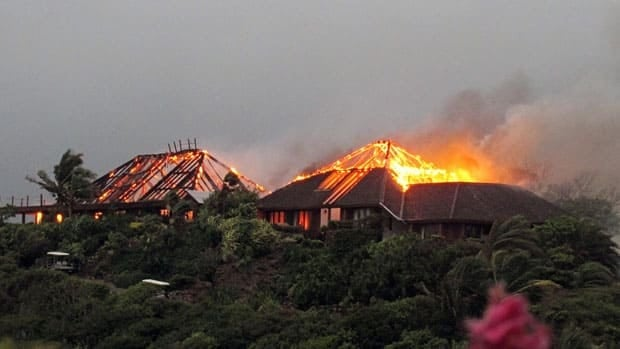 British entrepreneur Richard Branson's luxury home, on Necker Island in the Caribbean, went up in flames in a fire believed to have been set off by tropical storm Irene. Guests including Academy Award-winning actress Kate Winslet escaped uninjured, said the businessman.
