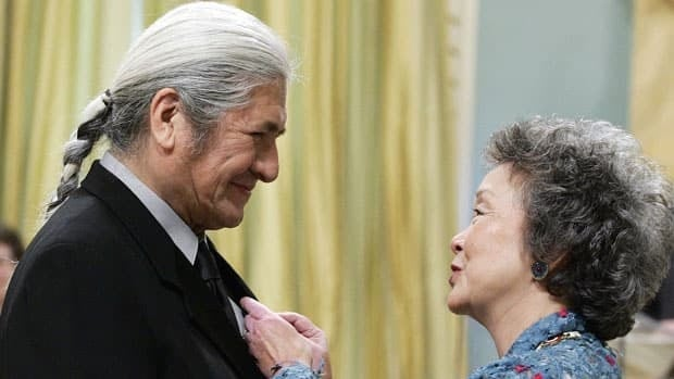 Gov. Gen. Adrienne Clarkson invests actor Gordon Tootoosis of Cut Knife, Sask., into the Order of Canada in 2004.