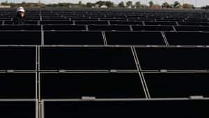 solar9527741at300