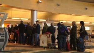 nl-airport-lineup-306