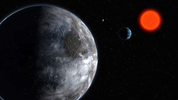 An artist's impression of the planetary system around the red dwarf Gliese 581 shows planet c in the foreground, which scored 0.41 on the Planetary Habitability Index. The blue Neptune-like planet is b, 0.29, and the most distant one is d, 0.43.