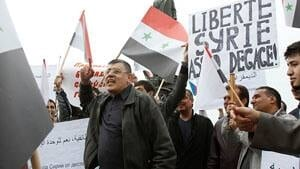 si-syrians-moscow-300-rtr2lufl