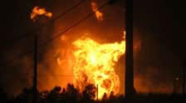 beardmore-fire-220-clark-credit