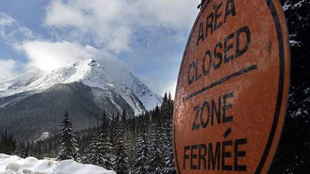 Parks Canada says the state of the snow pack and the current warm weather are a potentially dangerous combination.