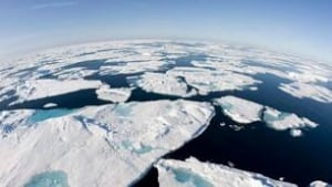 tp-080710-melting-ice-arctic-cp-7880852