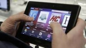 hi-blackberry-playbook852-c-3col