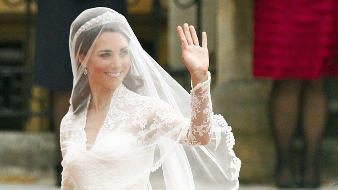 Kate S Wedding Dress A Labour Of Lace World Cbc News