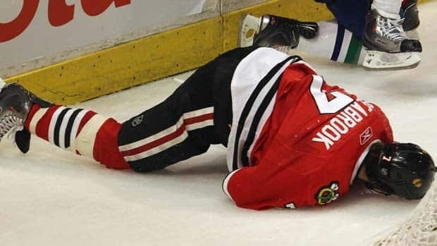 Blackhawks defenceman Brent Seabrook said he took a hit to the head from Raffi Torres in Game 3, and thinks the Canucks forward should have been suspended.