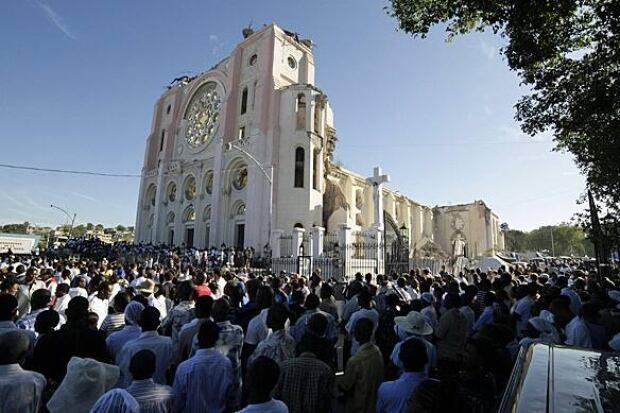 haiti-cathedral-584-rtxwh7i
