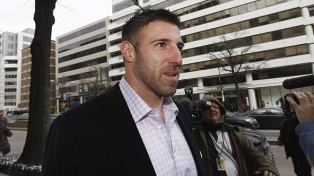 Chiefs Lb Vrabel Arrested For Casino Theft Cbc Sports