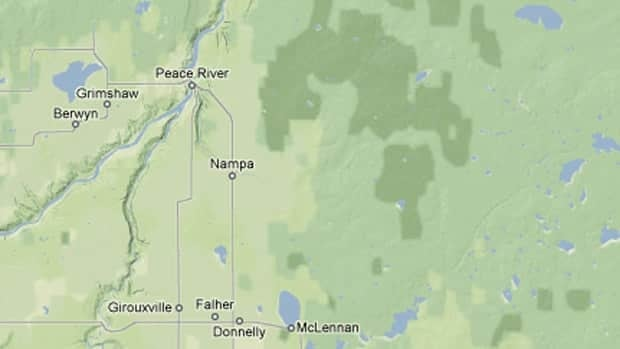 The leak occurred about 100 kilometers northeast of Peace River, Alta.