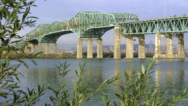 The Champlain Bridge carries 60 million vehicles per year between Montreal and its south shore suburbs.