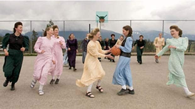 Young women play basketball in the polygamist community of Bountiful, B.C. Joe Sales/Associated Press