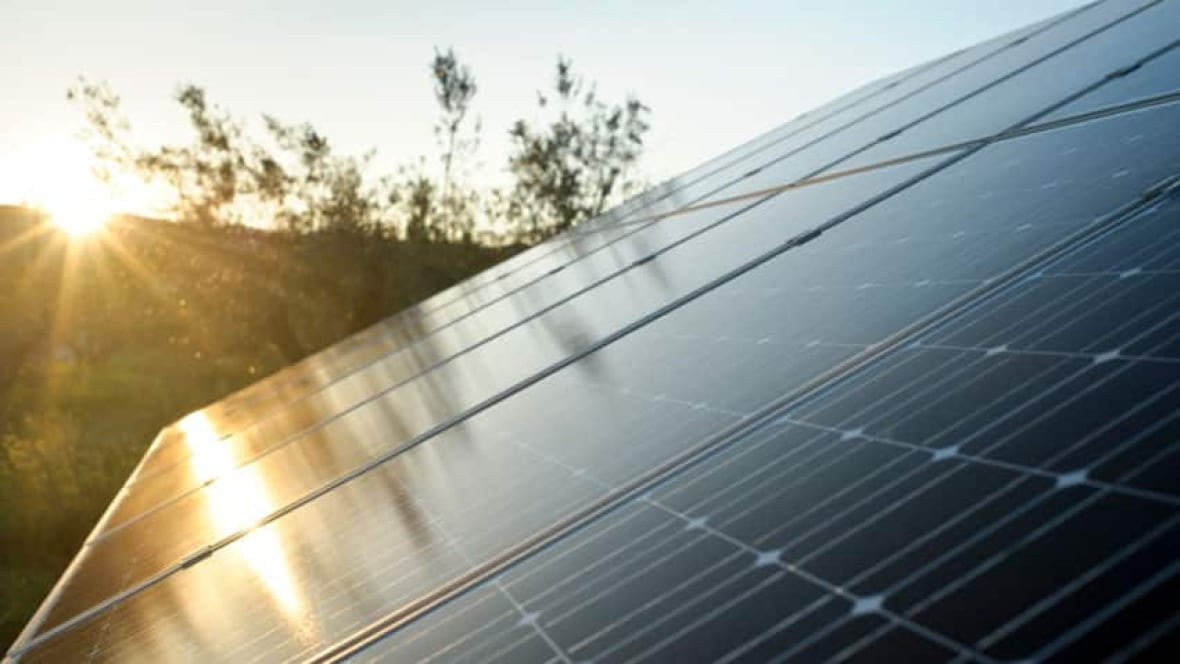 Manitoba Hydro Offers Solar Energy Incentive Program