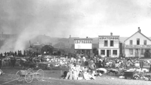 A big fire on Ninth Avenue S.E. in Calgary on Nov. 7, 1886, brought big changes to the city. (Glenbow Museum photo archives)