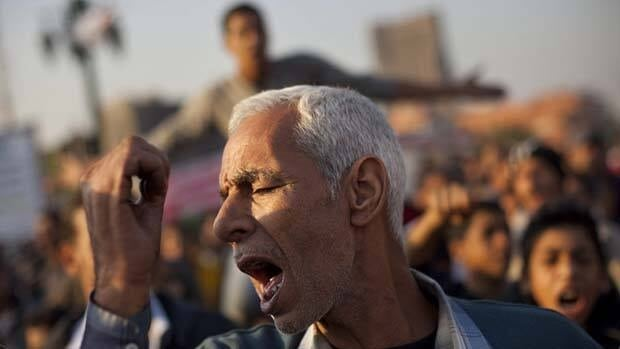 A runoff Monday for Egypt's first-round parliamentary elections exposed tensions between competing Islamist parties that have so far dominated the vote.