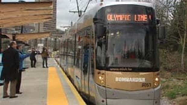 bc-100121-olympic-line-streetcar