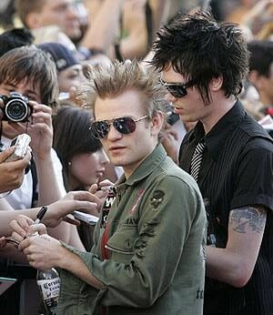whibley-reuters-rtr1qwn1