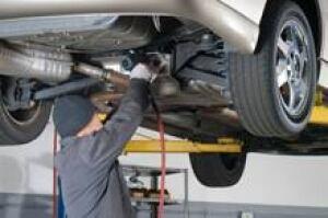 auto-service-is-000008154256-220x146
