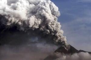 merapi-volcano-cp-97155181