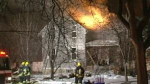 mb-luxton-fire-house