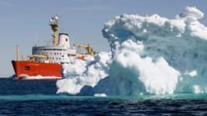 100806-melting-ice-cp-5166386