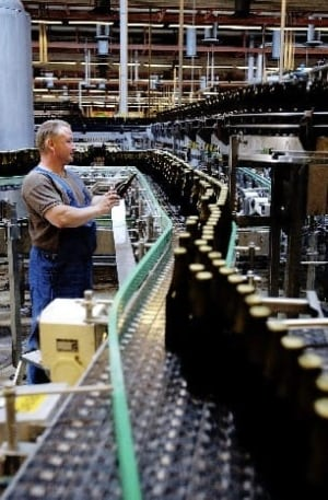 carlsberg-worker-beer