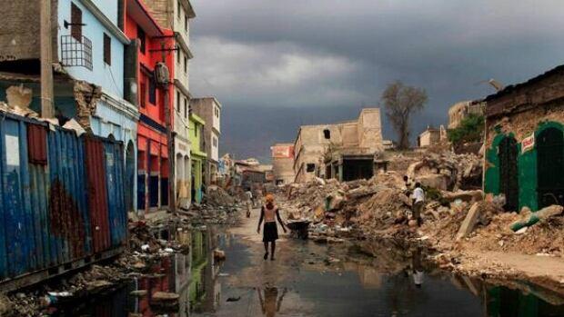 full-haiti-rubble-8371514