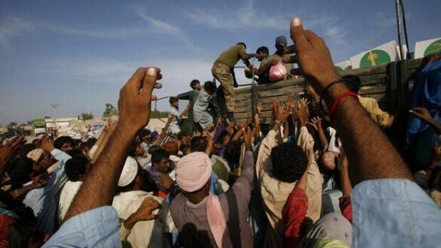 w-pakistan-aid-cp-rtr2hcvl