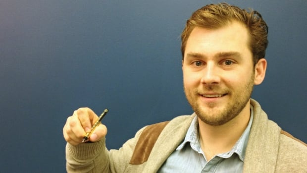 Andrew Gardner, a Waterloo-based designer, has raised over $789,000 on Kickstarter to create a magnetic pen.