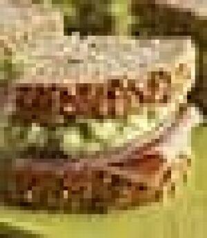 med-ham-sandwich-cp-7208489