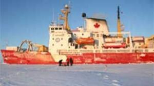 tp-chung-amundsen0804-306