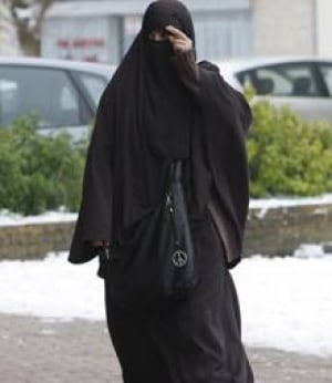 france-burka-veil-cp-840102