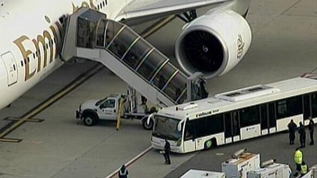 w-plane4-cargo-scare-cbc