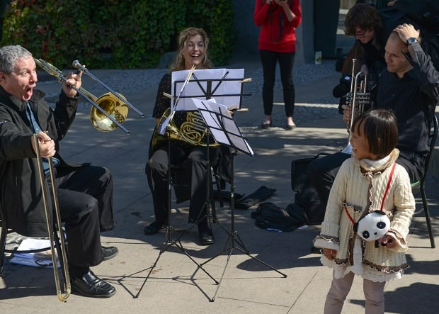 Pop-up NACO brass trio at the Beijing Zoo
