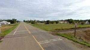 sk-rail-crossing-cadillac-2