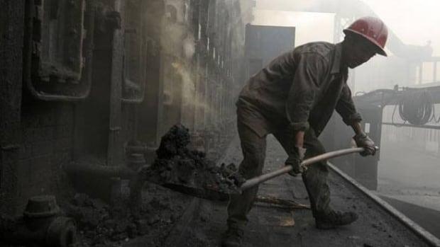 w-china-coal-worker-polluti