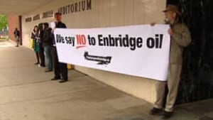 tp-edm-enbridge-protest