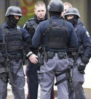 edmonton-hostage-350-752630